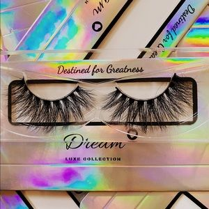 Dream Luxe Collection Lashes